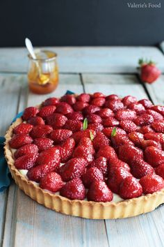 Baking Recipes, Cake Recipes, Dessert Recipes, Romanian Food, Fruit Tart, Something Sweet, No Bake Cake, Sweet Treats, Deserts