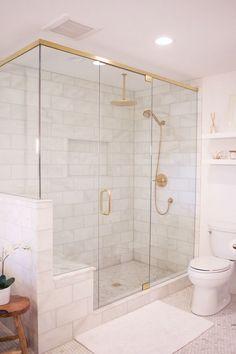 Marble Tile Bathroom #marbletiles #MarbleBathroom #bathroomdesign #bathroomideas #bathroomdecor #interiordesignideas
