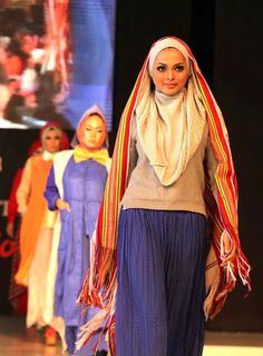 Surabaya Strutting in Style with Fashion Festival : Aquila Style : Afia R Fitriati