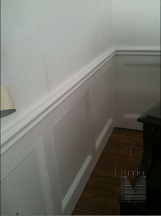 wainscoting   WAINSCOTING & CHAIR RAIL: Flat Wall Panel Wainscot