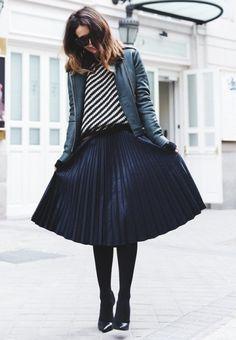 с чем носить плиссированную юбку, модная юбка 2016, модные и стильные вещи зима-весна 2016, модный тренд весна 2016, купить вязаный женский джемпер (фото 6)