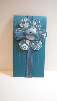 Petite pocket die gift card holder
