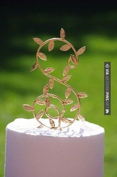 Brilliant! - Monogram Cake Topper | CHECK OUT MORE GREAT GREEN WEDDING IDEAS AT…