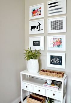 Use these free printables to create a chic gallery wall. .