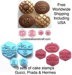 #guccigumpasteembosser#Guccisugarpaste#Guccifondant #pradacakestamp#hermescakestamp #pradacookies#pradacupcakes Cupcake Tutorial, Cake Topper Tutorial, Cake Toppers, Gucci Cake, Cupcake Logo, Fondant Stamping, Logo Cookies, Handbag Cakes, Purse Cakes