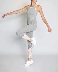 VIE ACTIVE Riley 7/8 Double Pocket Legging, Heather Grey/Heather Blush. #vieactive #cloth #