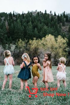 Clothing nice Free Babes Handmade Bows for Babies, Toddlers and Kids. by http:little-girl-fashionfree-babes-handmade-bows-for-babies-toddlers-and-kids Fashion Kids, Little Girl Fashion, Cute Kids, Cute Babies, Pretty Kids, Little Ones, Little Girls, Fotografia Social, Babe