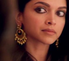 """""""Deepika in Piku was perhaps one of the finest examples of how far the Hindi film heroine has come - Bollybrit.  #DeepikaPadukone #Bollywood"""