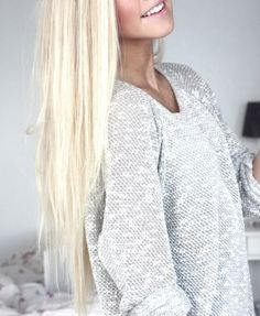 Her hair is absolutly gorgeous.