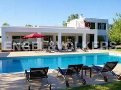 Beautiful modern villa in the middle of nature in San Lorenzo, Ibiza  Preciosa #villa moderna en el corazón de naturaleza en San Lorenzo, #Ibiza Stilvolles modernes Anwesen inmitten der Natur in San Lorenzo, Ibiza #Realestate #inmobiliaria #immobilien