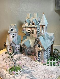 1 million+ Stunning Free Images to Use Anywhere Christmas Village Houses, Christmas Town, Putz Houses, Christmas Villages, Christmas Paper, Fairy Houses, Holiday, Advent House, Paper Houses