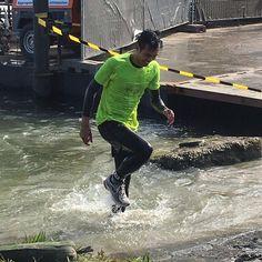 YEAH!  #mudmasters #obstaclerun #ocr #ibelieveicanfly #klimmen #klauteren #rennen #running #koudwater #doorbijten