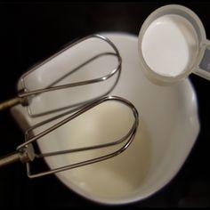 Color base for Gelatin Art. Ingredients: 1 tablespoon gelatin powder 1 cup of milk or milk replacement cups white sugar package vanilla sugar (optional) t Milk Replacement, Vanilla Sugar, Ground Cinnamon, Gelatin, Jello, Art Market, Cooking Ideas, 1 Cup, Powder