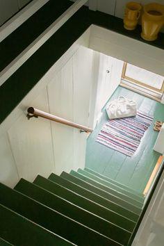 Katz Truro stairs, Remodelista
