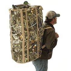 Realtree Max4 Camo Hunting Retriever Dog Blind & 24 Duck Decoy Bag   eBay
