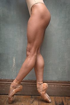 ballet, legs, muscles, dance, body ... I prefer dancers who don't LOOK anorexic... This ballerina is just right, beautiful