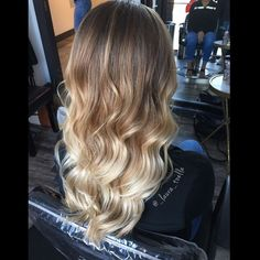 Balayage ombré. Hand painted blonde. Blended highlights. #lkhairstudios
