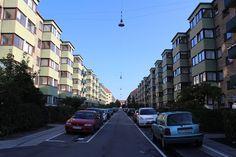 Johan Kellers Vej 50, 3. th., 2450 København SV - Lys 2 værelses med kanap og solrig altan - perfekt delelejlighed  #ejerlejlighed #boligsalg #selvsalg #kbhsv #sydhavnen #copenhagen