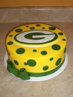 Terrific 11 Best Packers Cake Images Packers Cake Cupcake Cakes Packers Personalised Birthday Cards Rectzonderlifede