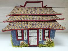 Muriel, Sewing Case, Bag Patterns To Sew, Little Houses, Stitch, Deco, Bags, Scrappy Quilts, Ideas