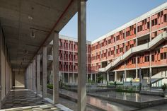 Gallery - Institute of Engineering and Technology – Ahmedabad University / vir.mueller architects - 3