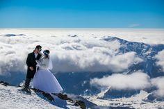 Snowboard wedding in Gudauri mountains. Snowboard Wedding, Ski Wedding, Skiing Memes, Alps, Snowboarding, Wedding Stationery, Wedding Cards, Posts, Mountains