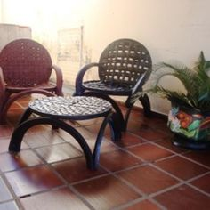 Tire Furniture, Outdoor Furniture, Furniture Ideas, Tyres Recycle, Upcycle, Nicely Done, Outdoor Tables, Outdoor Decor, Recycling