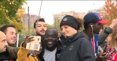 David Luiz faz maratona de selfies com torcedores do PSG - Esportes - R7 Futebol