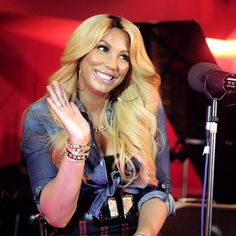 """Tamar Braxton Debuts Music Videos For """"All The Way Home"""" and """"She Can Have You"""" (VIDEOS)"""