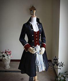 Resultado de imagem para Military Lolita colete