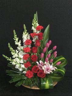 Easter Flower Arrangements, Creative Flower Arrangements, Flower Arrangement Designs, Funeral Flower Arrangements, Beautiful Flower Arrangements, Flower Centerpieces, Flower Decorations, Floral Arrangements, Beautiful Flowers