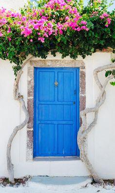 Emporio Santorini Greece Puertas Doors Gates And Santorini House, Santorini Greece, Crete Greece, Athens Greece, Greece House, Unique Doors, Residential Architecture, Greece Travel, Doorway