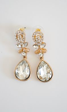 Measures at inches. Cyrstal and Alloy components. Shabby Apple, Pearl Earrings, Drop Earrings, Cute Dresses, Dresses Online, Dream Wedding, Crystal Drop, Purses, Crystals