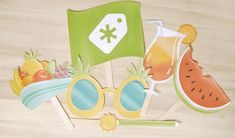 DIY Photo Booth Props: The Ultimate List (80 Free Downloads and Tutorials)