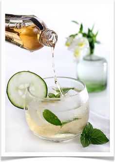 Elderflower cucumber Champagne Fill a tumbler with ice. Fill three-quarters of the glass with dry champagne or prosecco. Add thinly sliced cucumber and fresh mint. Top off with St-Germain a delicate French liqueur of elderflower blossoms. It tastes of pear and lychee and lemon