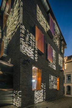 Façade Renovation for No. 8 Building by Atelier Archmixing Building Skin, Building Facade, Building Renovation, Brick Design, Facade Design, Facade Lighting, Brick Facade, Brick Walls, Brick Architecture