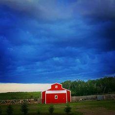 Little red barn in SK, Canada