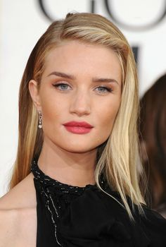 10 Of The Most Stunning Rosie Huntington-Whiteley Beauty Looks To Date