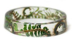 Elle Confectionne de sidérants Bracelets en Résine renfermant des Morceaux de Nature - page 2