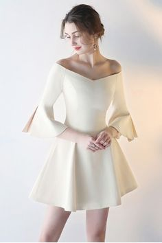 Shop Champagne Flare Short Homecoming Dress with Off Shoulder Bell Sleeves online. SheProm offers formal, party, casual & more style dresses to fit your special occasions. Simple Dresses, Pretty Dresses, Beautiful Dresses, Short Dresses, Simple Party Dress, Beautiful Ladies, Elegant Outfit, Classy Dress, Stylish Dress Designs