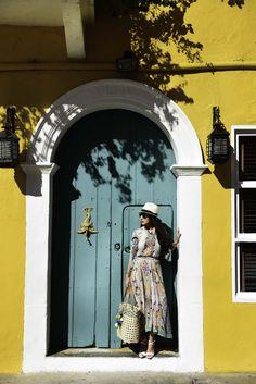 bergdorf-goodman-spring-2015-cartagena-colombia-habituallychic-002