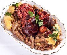 A gastronomia do Entrudo: BUTELO COM CASCAS – ou CASULAS (Trás-os Montes)