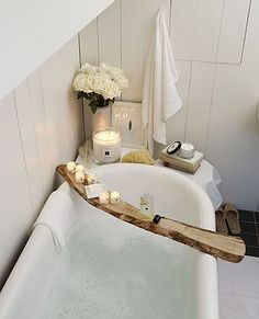 Choose a stout-looking stick whilst on a romantic walk and recreate this idea! www.deancointeriors.co.uk Exquisite Interiors, Colchester, Essex