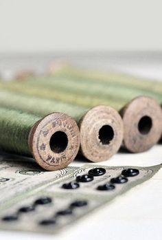 ❤︎ green silk sewing thread