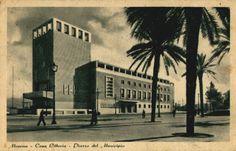 CATALOGOL'ex Palazzo Littorio è un edificio progettato da Giuseppe Samonà e Guido Viola. Edificato nel 1940, è riconoscibile dal proprio rivestimento in travertino e marmo di Carrara, Messina (city)