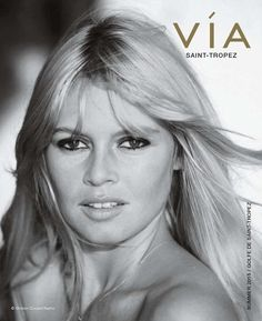 Timeless Sexiness: Get The Look Of Brigitte Bardot with French Cosmetics Bridgitte Bardot, Maquillage Brigitte Bardot, Bardot Brigitte, Divas, Actrices Hollywood, Marlene Dietrich, French Actress, Sophia Loren, Tina Turner