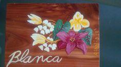 Caja de madera sabina pintada a mano y personalizada