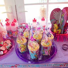 my little pony party favor ideas My Little Pony Party, Cumple My Little Pony, My Lil Pony, Rainbow Dash Party, Rainbow Dash Birthday, Baby Showers, Little Poney, 6th Birthday Parties, Birthday Ideas