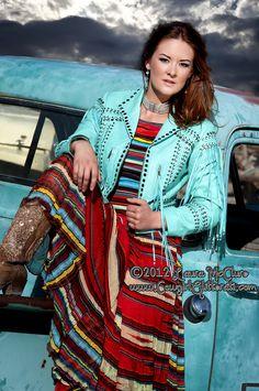 Love this!!  cowgirl, cowgirl fashion, horse, american quarter horse,  cowgirl model, cowgirl couture, cowgirl glitterati, western, horse,