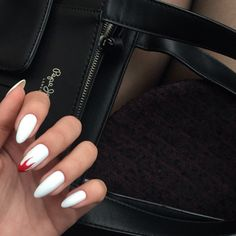What you need to know about acrylic nails - My Nails Acrylic Nail Designs, Acrylic Nails, Acrylic Art, Matte Nails, Matte Gel, Dark Nails, Chrome Nails, Long Stiletto Nails, Winter Nail Designs